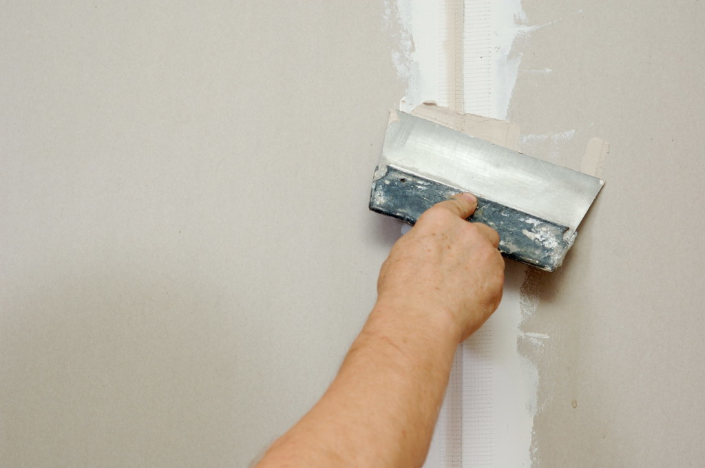 Готовим стены под покраску