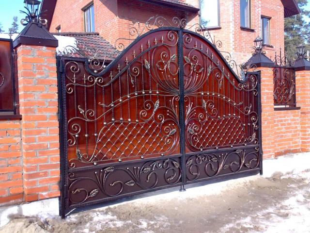 Кованые ворота и другие изделия: способы изготовления от metalwork.kiev.ua