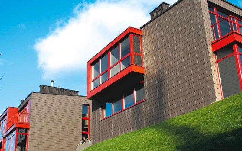 Как ухаживать за керамической отделкой фасада